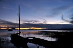 Bolivia - Lake Titicaca - Huatajata - sunset - boat 18