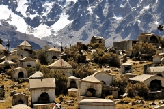 Bolivia - Cordillera Real - Huayna Potosí - cemetery 42