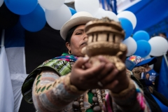 La Paz, Bolivia. 14th Oct 2020. A woman holds a ceremonial vessel at the closing rally of presidential candidate Luis Alberto Arce Catacora (57). He represents the former governing party Movimiento al Socialismo (Movement for Socialism - MAS), which was removed from power during the severe political crisis of Oct/ Nov 2019. Credit: Radoslaw Czajkowski