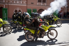 La Paz, Bolivia. 21st Nov 2019. Mobile riot Police units fired tear gas at protesters who tried to reach the main square of La Paz carrying the coffins with the remains of victims killed on November 19th in the aftermath of a combined Police/ military operation in Senkata. At least 9 people died and further 30 were injured. Radoslaw Czajkowski/ Alamy Live News