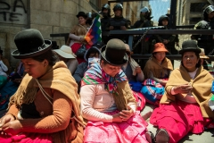 La Paz, Bolivia. 18th Nov 2019. Groups composed mostly of inidiginous people protested close to the Plaza Murillo in La Paz. On that day the protests remained peaceful. Radoslaw Czajkowski/ Alamy Live News