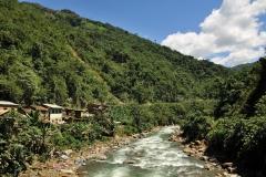 Bolivia - Yungas - village - river 27