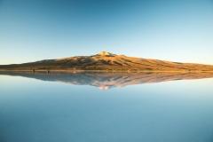 Bolivia - Salar de Uyuni - salt lake - reflection - Thunupa 19
