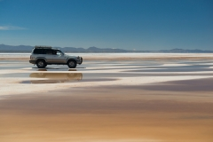 Bolivia - Salar de Uyuni - salt lake - water - car 49