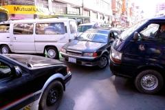 Bolivia - La Paz - traffic jam 6